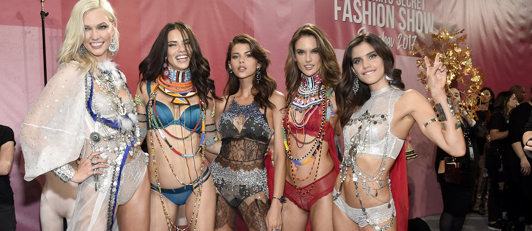 Victoria's Secret Fashion Show 2017'den yeni görseller var!